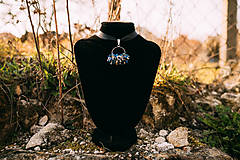 - pletený náhrdelník zo sodalitu - 11757461_