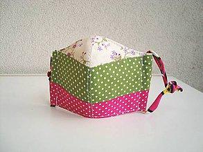Rúška - !! ZĽAVA !!! Bavlnené rúško trojvrstvové detské 3-6 rokov (ružovozelená patchwork) - 11757069_