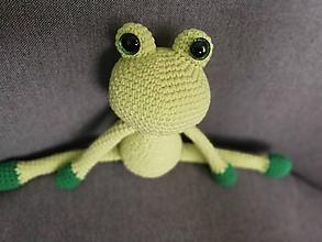 Hračky - Háčkovaná žabka - 11760855_