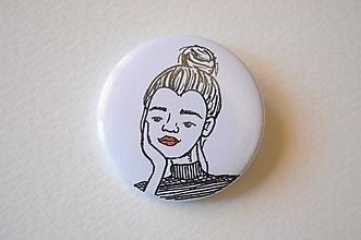 Odznaky/Brošne - Odznak Dievča s drdolom - 11761672_