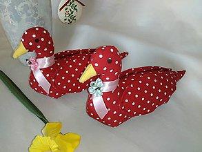 Úžitkový textil - Červené húsky - 11761688_
