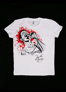 Tričká - Ručne maľované tričko Fredie Mercury s mikrofónom - 11764918_