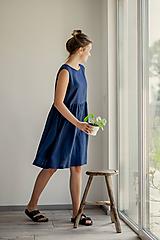 Šaty - Riasené ľanové šaty bez rukávov - 11772205_