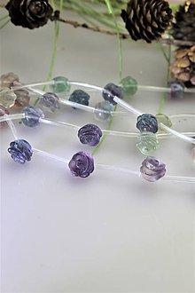 Minerály - fluorit korálky kvietky 10-11mm (cena za 5ks) - 11781206_