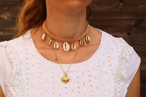 Kožený choker náhrdelník s mušľami