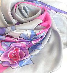 Šatky - Šedý šátek s růžemi. - 11786417_