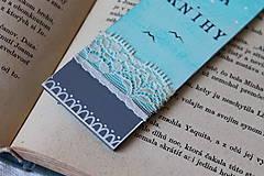 Papiernictvo - Drevená záložka - Vôňa knihy - 11785804_