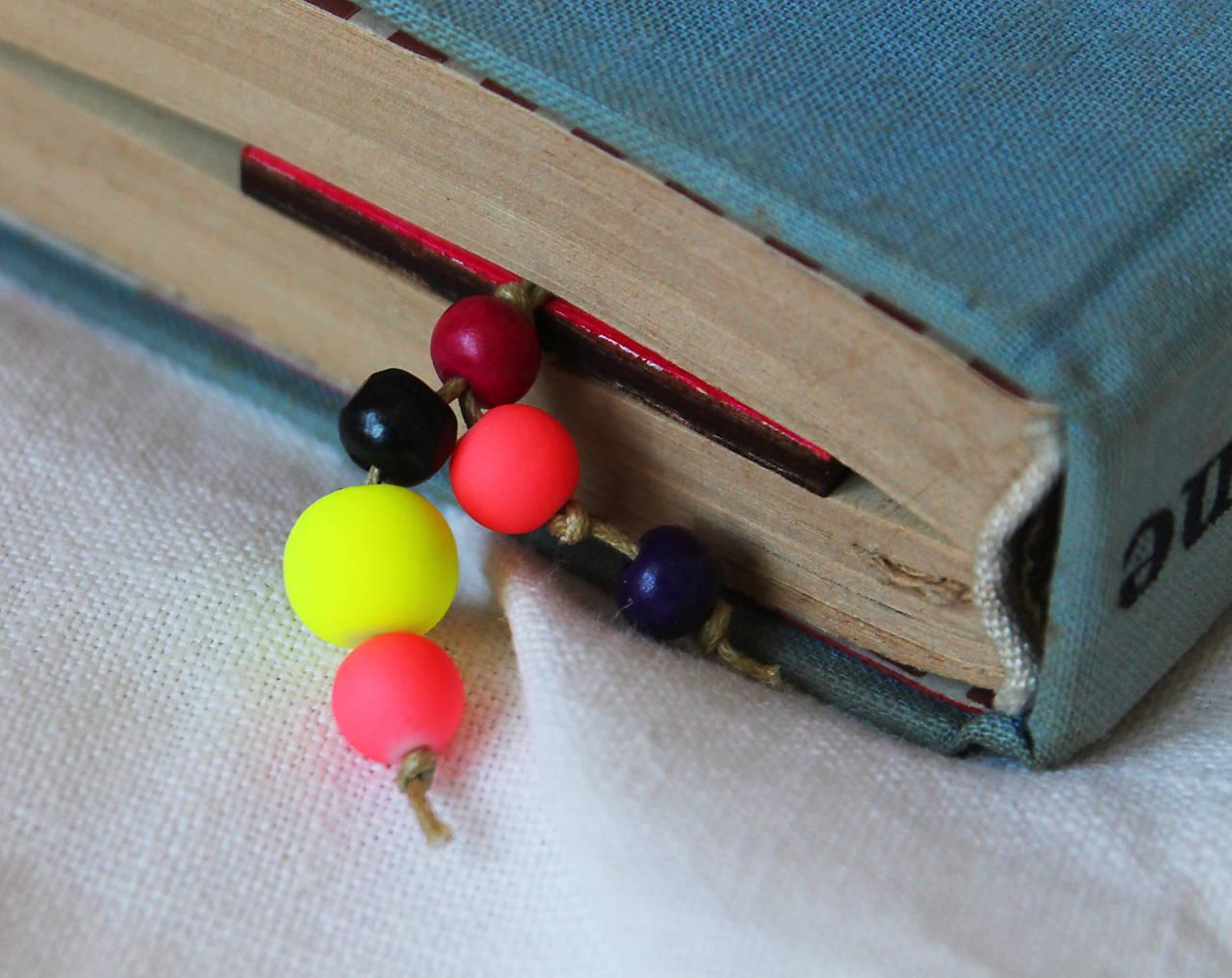 Drevená záložka - Kniha na dnes