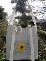 Veľké tašky - Ľanová taška s ručnou výšivkou - 11787088_