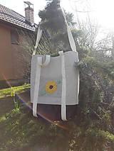 Veľké tašky - Ľanová taška s ručnou výšivkou - 11787090_