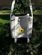 Veľké tašky - Ľanová taška s ručnou výšivkou - 11787144_