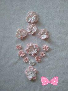 Materiál ručne robený - aplikácie bieloružové kvetinky - 11791837_