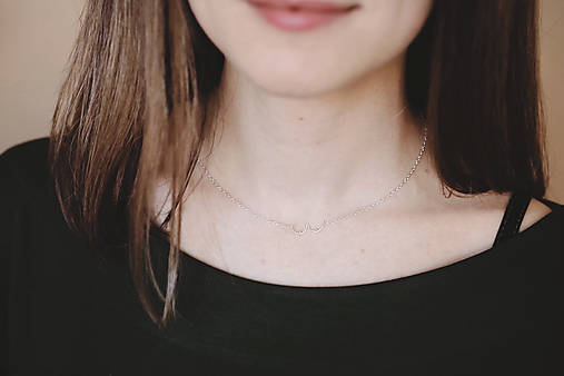"""Strieborný náhrdelník """"Girl power"""""""