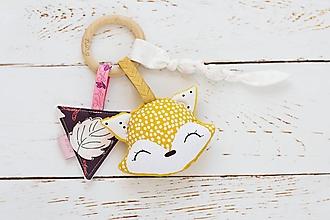 Hračky - Hrkálka líštička pre dievčatko horčicová - 11793472_
