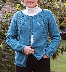 Svetre/Pulóvre - Merino svetrík s raglánovým vzorom - 11798492_