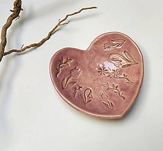 Nádoby - Mistička v tvare srdca s kvietkami - 11801661_