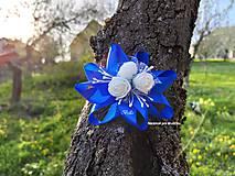 Kvetinový náramok pre družičku