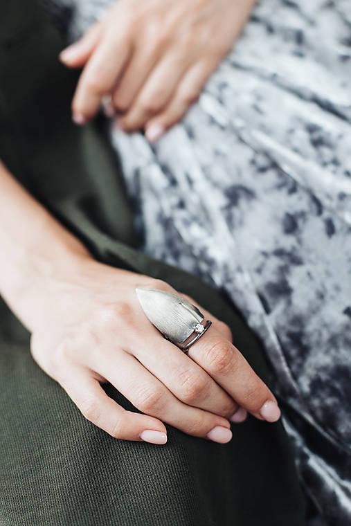 Výrazný prsten Azure