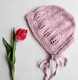 - Ružový čepček s lístočkami  - 11804538_