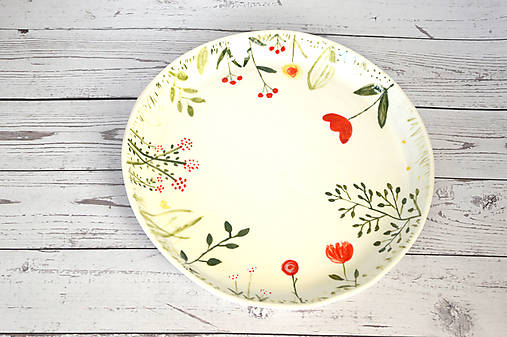 Ručne maľovaný tanier Lúka