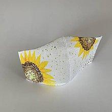 Rúška - Maľované SMOTANOVOBIELE ľanové rúško (3-vrstvové) (s maľovanými slnečnicami) - 11810141_