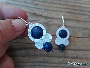 Náušnice - White/Lapis lazuli...soutache - 11813642_