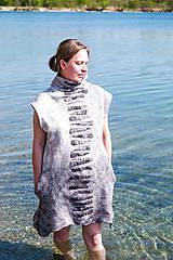 Tuniky - Plstená šedá tunika z Merino vlny - 11818837_