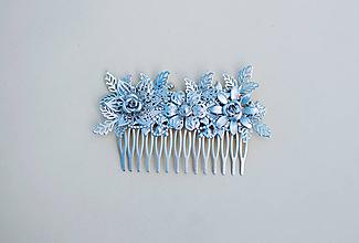 Ozdoby do vlasov - Strieborný kvetinový hrebienok - 11817587_