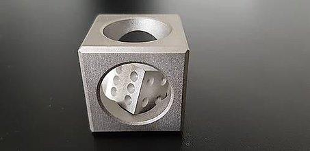 Drobnosti - Hracia kocka v kocke(dural) - 11817465_