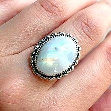 Prstene - Moonstone & Vintage Lace Ring / Prsteň s mesačným kameňom starostrieborné prevedenie - 11823465_