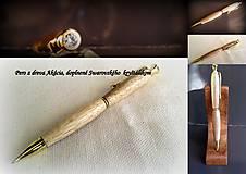 drevené pero...