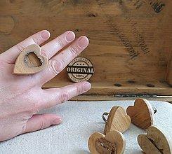 Prstene - Prstienky z dreva srdiečko - 11823413_