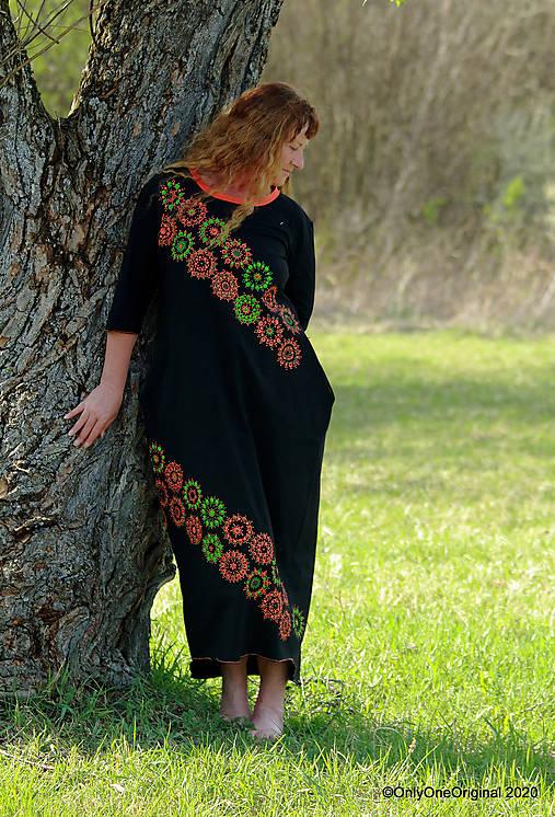 Dámske šaty maxi, oversize, šité, maľované, etno ISKIERKY