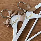 Nábytok - Svadobné vešiaky zlaté - 11827803_