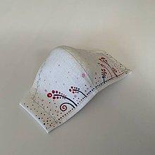 Rúška - Maľované SMOTANOVOBIELE ľanové rúško (3-vrstvové) (s maľovanými kvietkami v kombinácii s výšivkou 1) - 11826056_