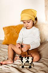 Detské čiapky - Letná vzdušná šatka so šiltom - 11832934_