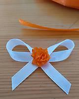 Pierka - Biele pierko s oranžovou ružou - 11839222_