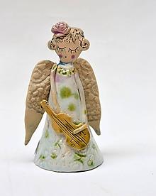 Dekorácie - anjel s husľami bielo zelený - 11842980_
