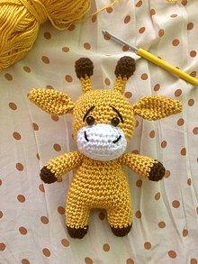 Hračky - Háčkovaná žirafka - 11845995_