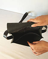 Kabelky - Kožená taška cez plece - 11854566_