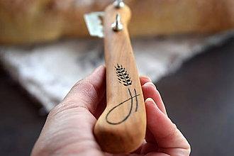 Pomôcky - Narezávatko na chlieb (čerešňa) - 11863878_
