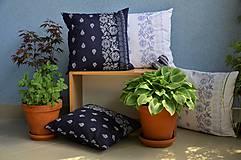 Úžitkový textil - Vankúš s modrotlačovým motívom 40x40 cm - 11863799_