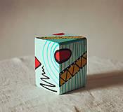 Hudobné nástroje - Maľovaný shaker - mini cajon - 11866658_