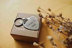 Drobnosti - Kľúčenka Ľúbime ťa mami - 11871464_