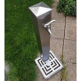 Nezaradené - Nerezový záhradný vodovod s roštom - 11872111_