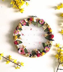 Dekorácie - Obraz vyšívaný kvetmi  - 11871733_