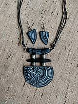 Sady šperkov - Čiernobiely náhrdeľník a náušnice - 11870842_