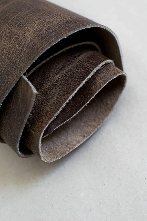 Zbytková koža hnedá melírovaná - POSLEDNÝ BALÍK