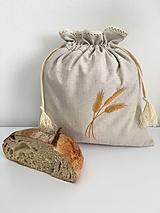 Úžitkový textil - Vrecko na chlieb z ľanového plátna s ručnou výšivkou a bavlnenou krajkou - 11868460_
