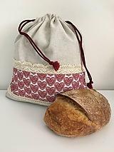 Úžitkový textil - Vrecko na chlieb z ľanového plátna s bavlnenou krajkou a farebným vzorom - 11868689_